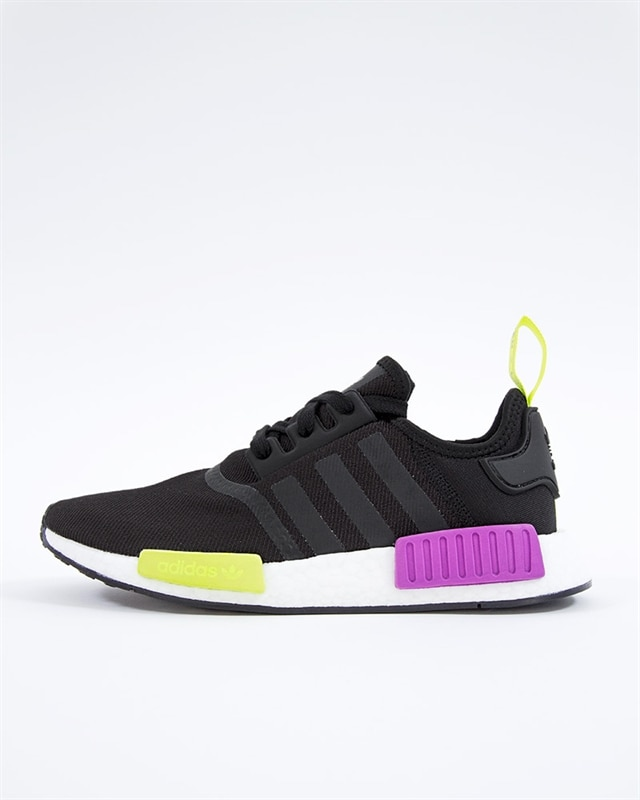 ee84e565 ... official top quality adidas originals nmd r1 d96627 svart sneakers  svart skor footish 0e2ecc 05335 ed685