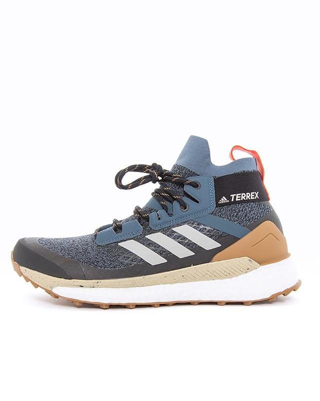 adidas Originals Terrex Free Hiker | EF2157 | Blå | Sneakers | Skor | Footish