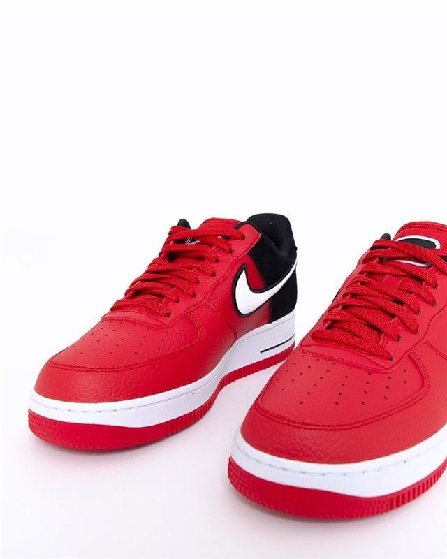 Nike Air Force 1 07 LV8 1 | AO2439 600 | Röd | Sneakers | Skor | Footish