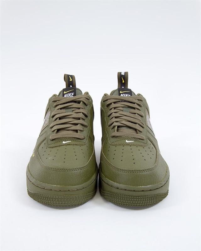 purchase cheap 3166e 422a7 ... spain nike air force 1 07 lv8 utility aj7747 300 grön sneakers skor  footish 903fd f4254