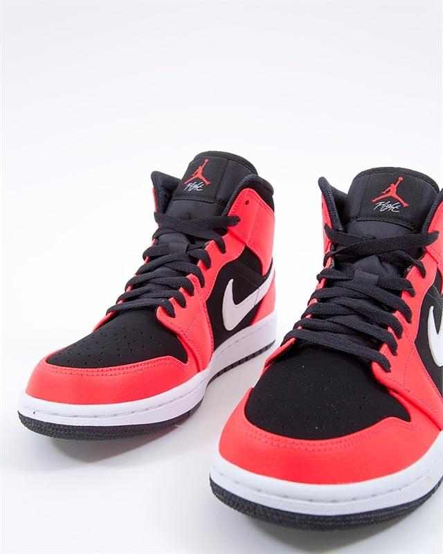 pretty nice 33404 1bfc2 Nike Air Jordan 1 Mid   554724-061   Svart   Sneakers   Skor   Footish