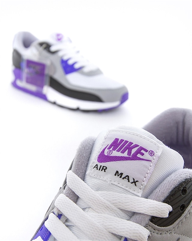 These Trendy Nike Trainers Are Taking Us Back to the '90s