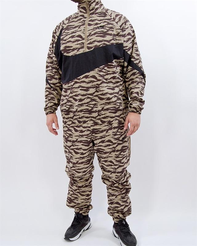 Nike NSW AOP Swoosh Woven Half Zip Jacket AO0862 235 Brun Footish: If you´re into sneakers