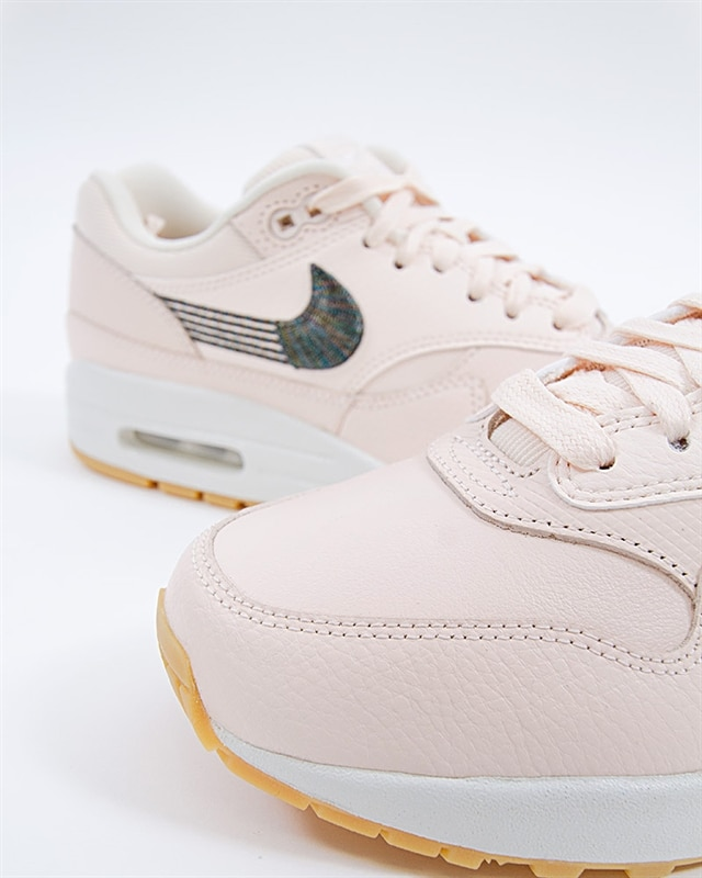 Nike Wmns Air Max 1 Premium 454746 800 Orange Footish: If you´re into sneakers